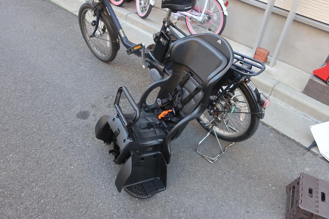 自転車にリアチャイルドシート (7)