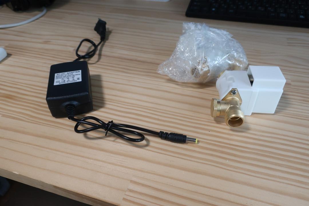 電磁弁で散水栓をオンオフ (4)