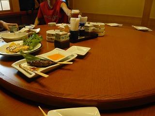 丸テーブル001
