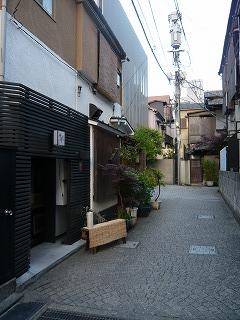 神楽坂の細道