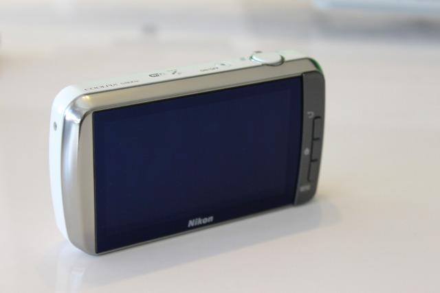 Nikon COOKPIX S800c (3)