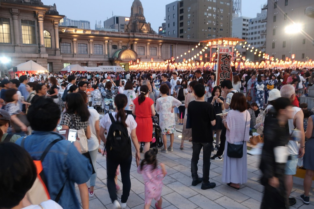 築地本願寺盆踊り (2)