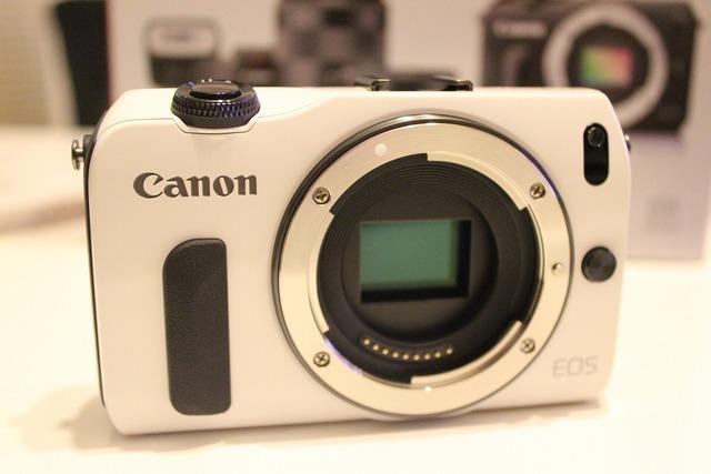 CanonEOSM (6)
