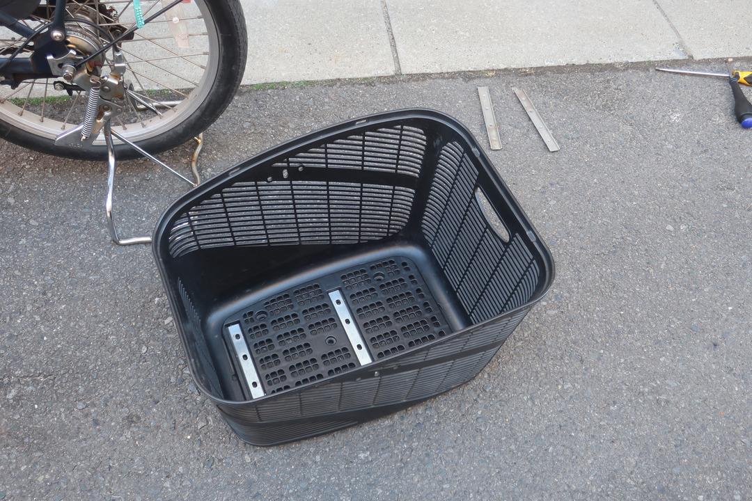 自転車にリアチャイルドシート (6)