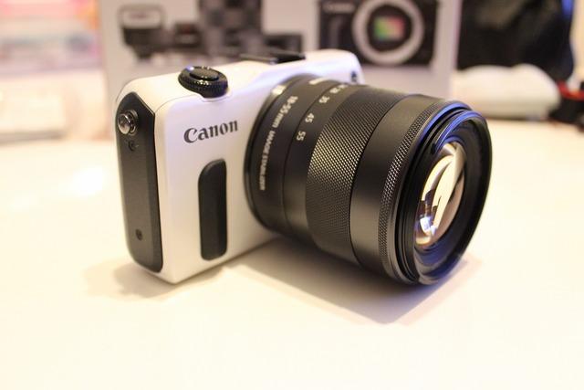 CanonEOSM (11)