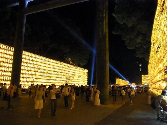靖国神社みたままつり2011 (24)