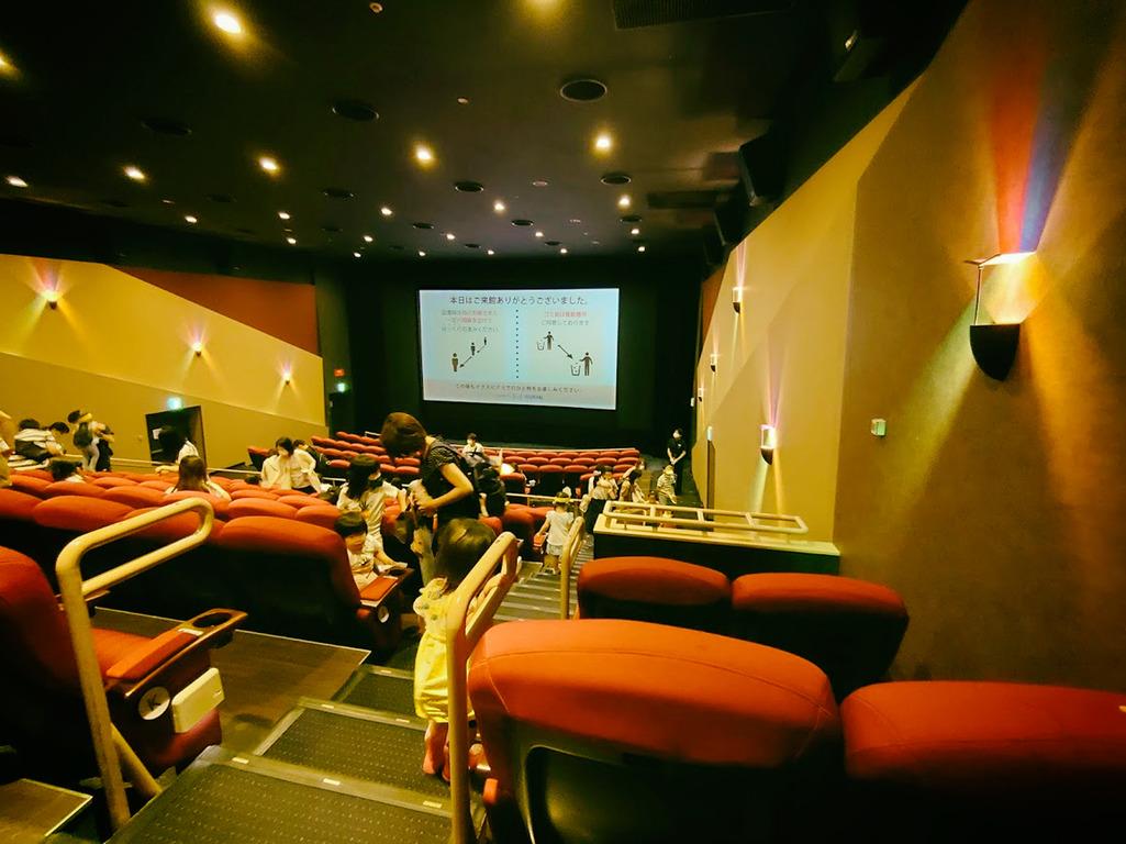 映画館 (1)