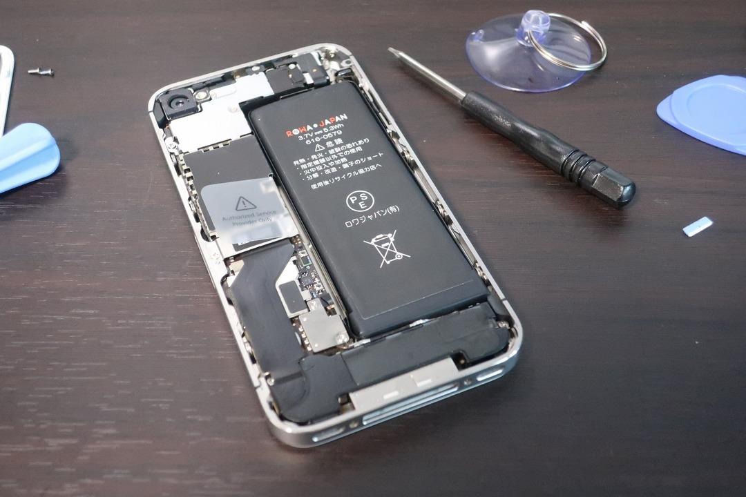 iPhone4sのバッテリー交換 (15)