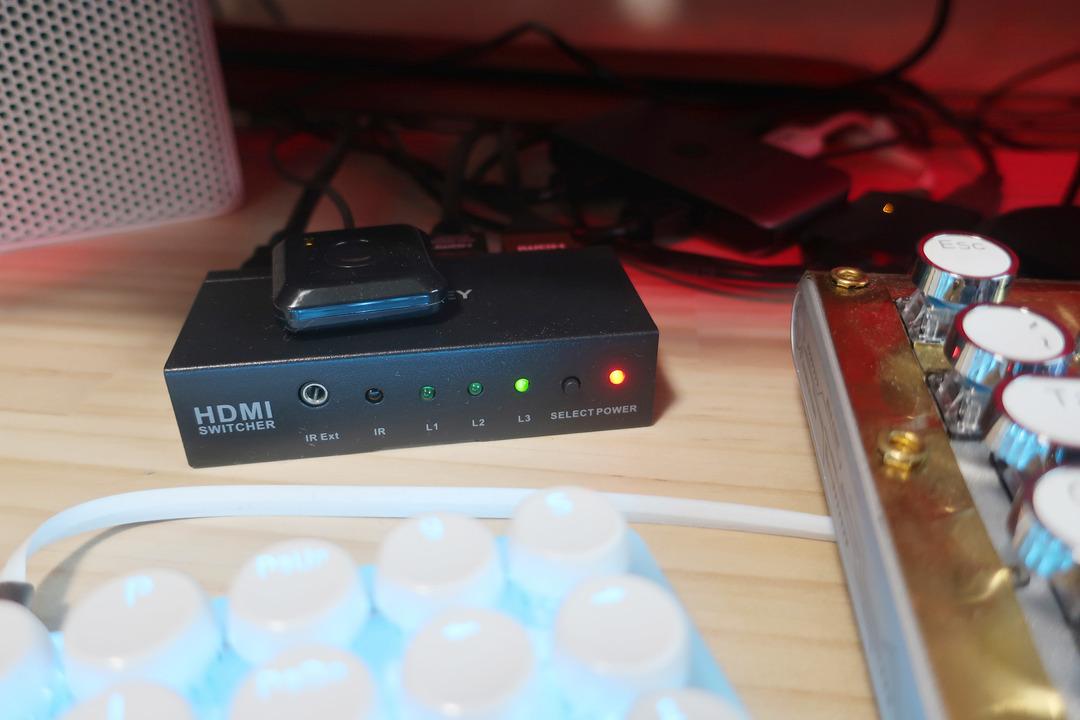 USBタイプCマルチポートアダプタ  (6)