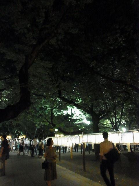 靖国神社みたままつり2011 (16)