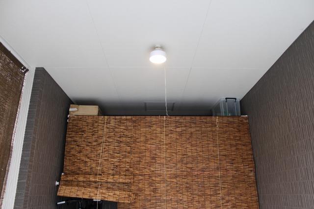 ガレージに照明 (6)