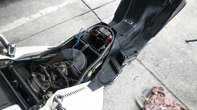 フュージョンバッテリー交換 (1)