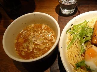 肉餡かけつけ麺2