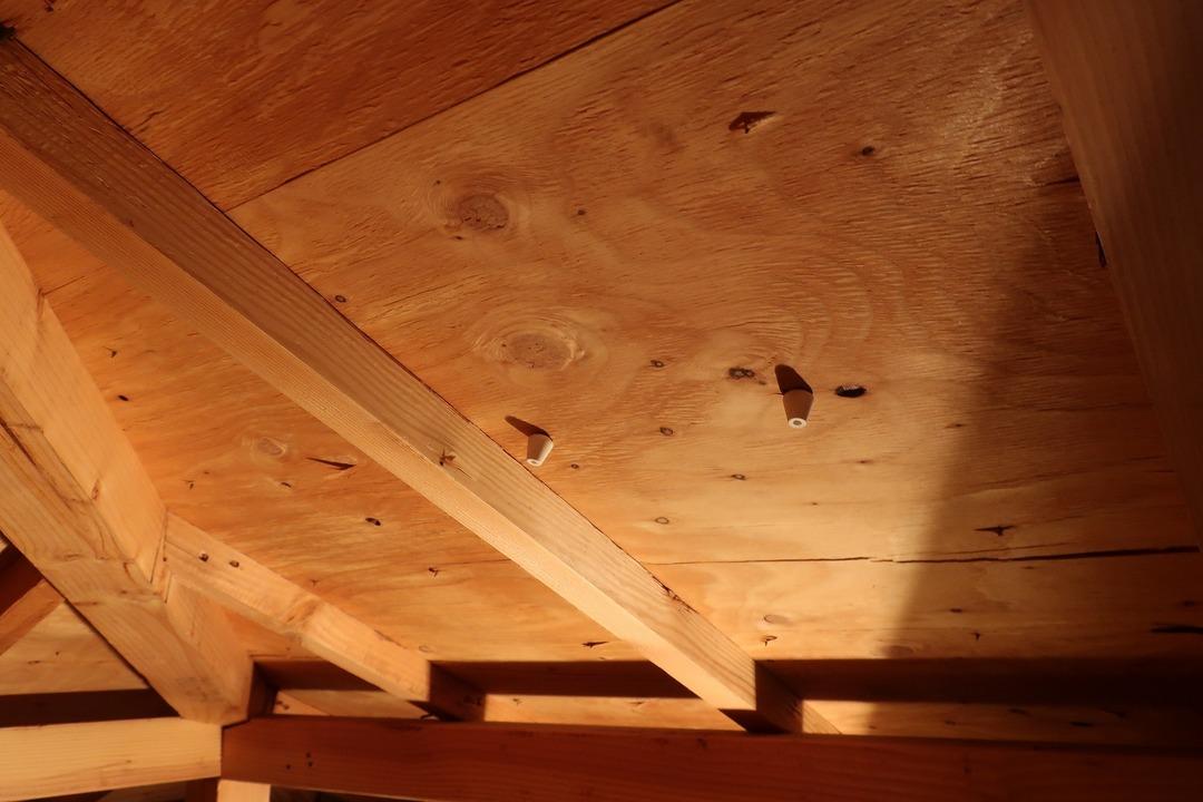 屋根裏収納をカスタム (6)