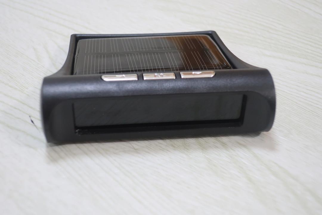 タイヤ空気圧センサー (3)