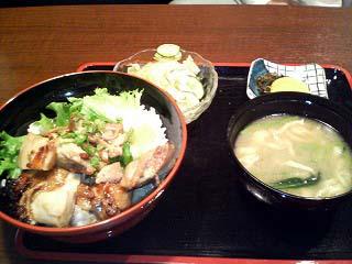 桜島鳥の甘辛丼