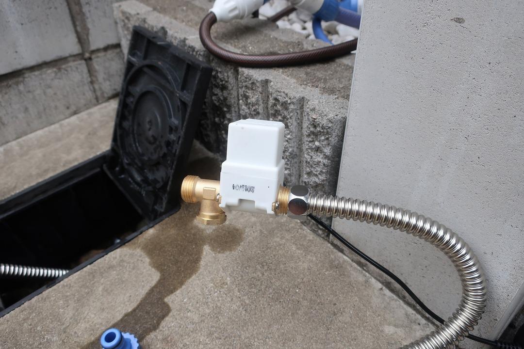 電磁弁で散水栓をオンオフ (13)