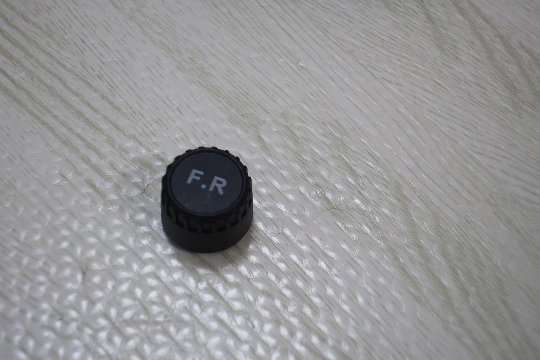 タイヤ空気圧センサー (4)