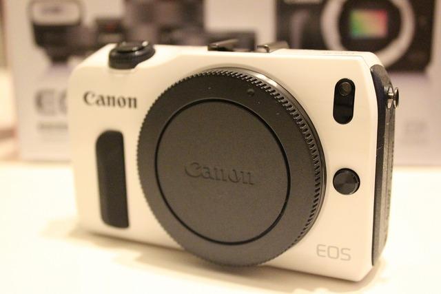 CanonEOSM (4)