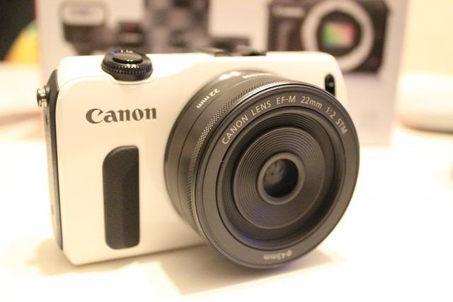 CanonEOSM (7)