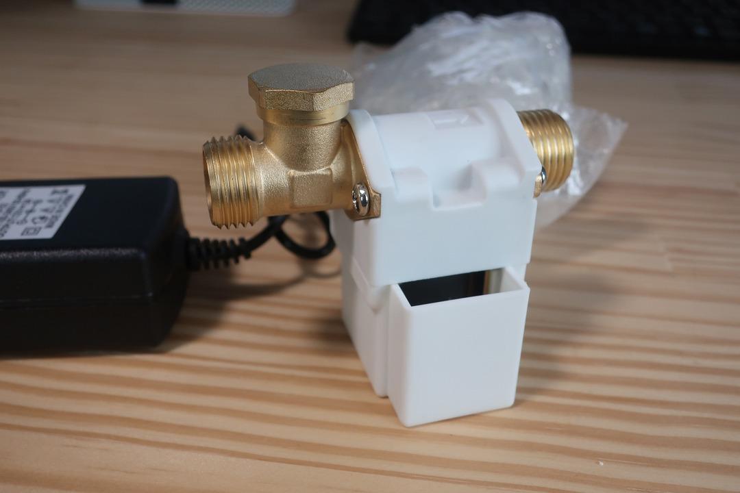 電磁弁で散水栓をオンオフ (1)