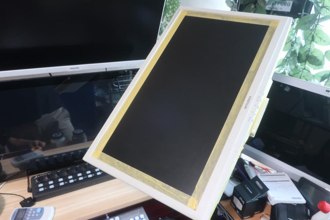 モニター塗装 (2)
