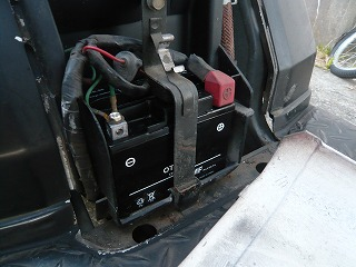 ジャイロXミニカーバッテリー交換 (7)