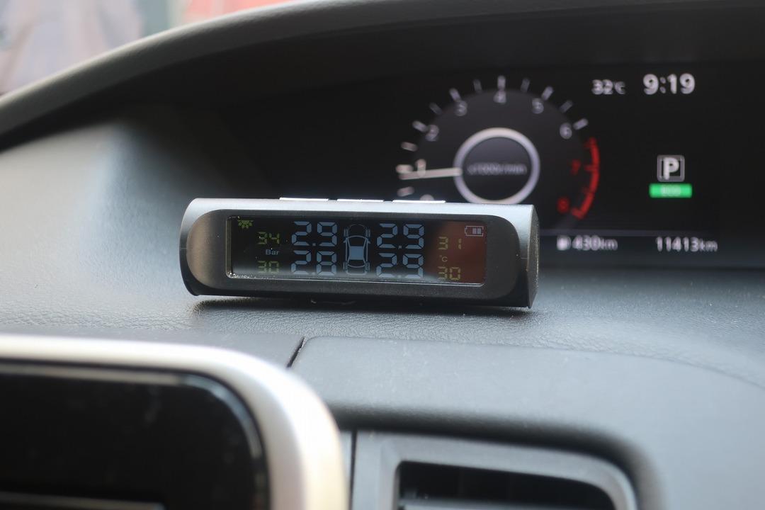 タイヤ空気圧センサー (7)