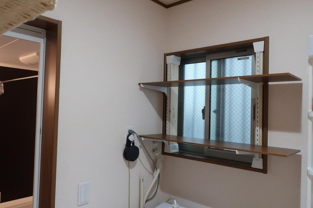 脱衣所の棚 (4)