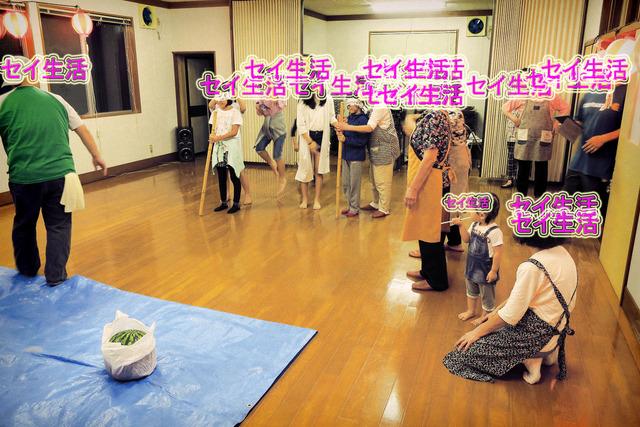 雨の盆踊り (3)