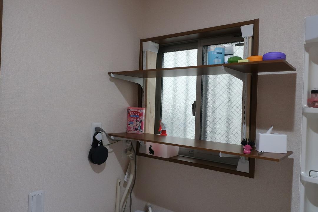 脱衣所の棚 (5)