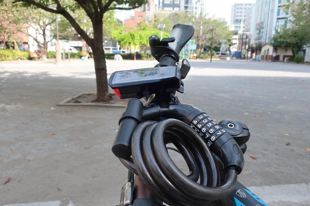 自転車のライトHJ-052 (8)
