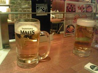新宿IKUTASTANDBAR生ビール