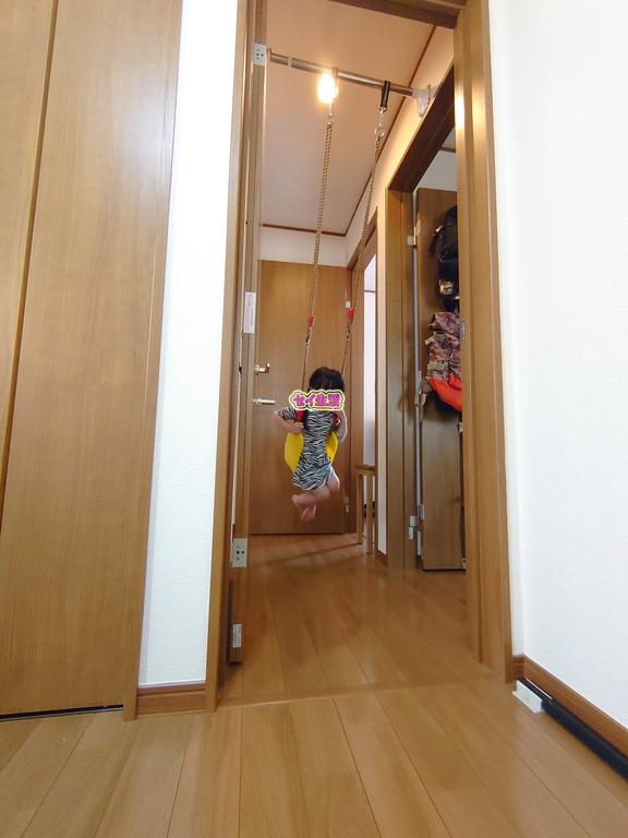 室内ブランコ (1)