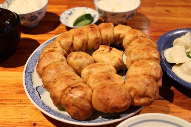 ホワイト餃子 (4)
