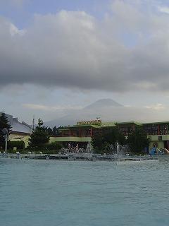富士急ハイランドと富士山