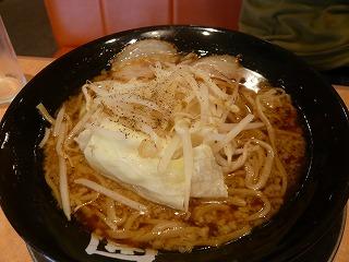 ラーメン新太郎+キャベツ