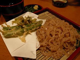 春野菜の天麩羅と蕎麦