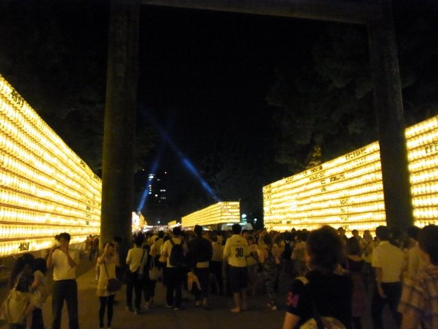 靖国神社みたままつり2011 (10)