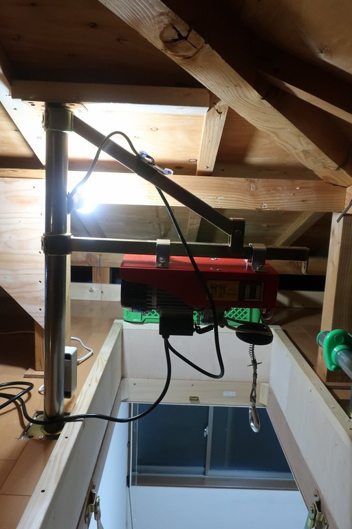 屋根裏収納完成 (3)