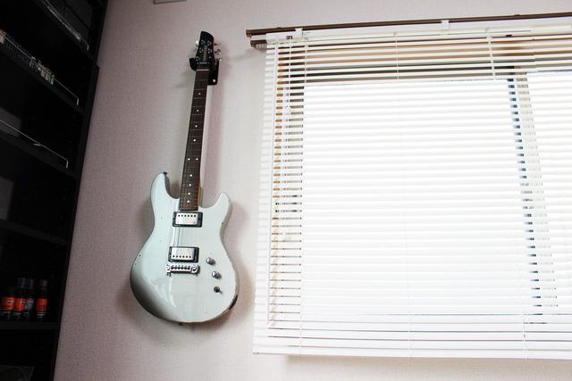 ギター壁掛け (9)