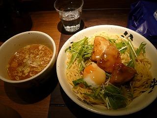 肉餡かけつけ麺3