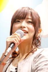 立花理香さん24