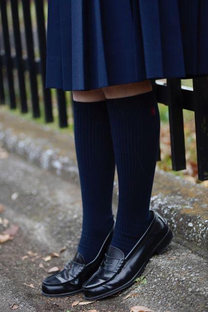 女子高校生の制服姿