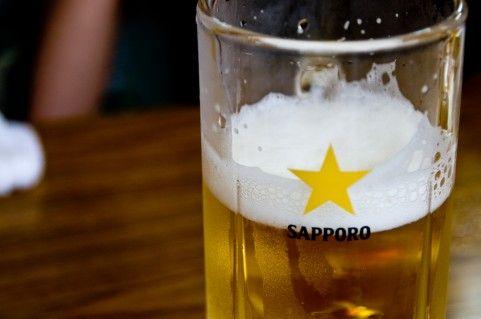 居酒屋でのビール(お酒)