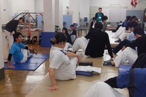 腰痛予防教室2013_03