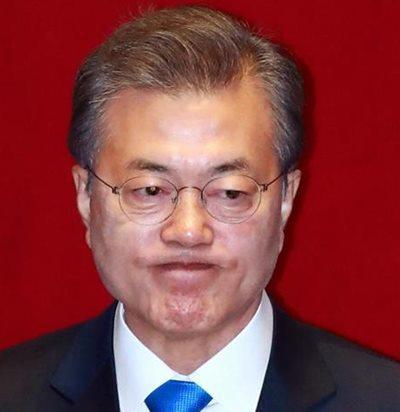文在寅大統領ら侮辱した選手を解雇 韓国プロ野球球団