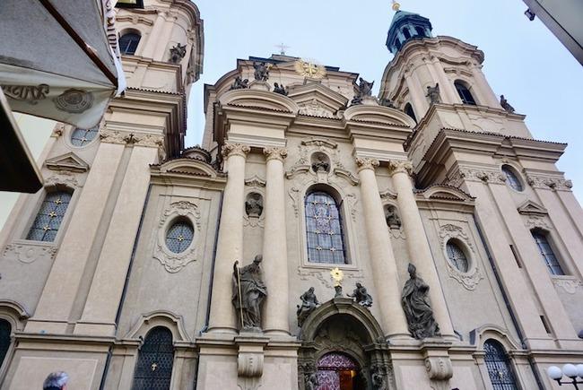 聖ミクラーシュ教会>