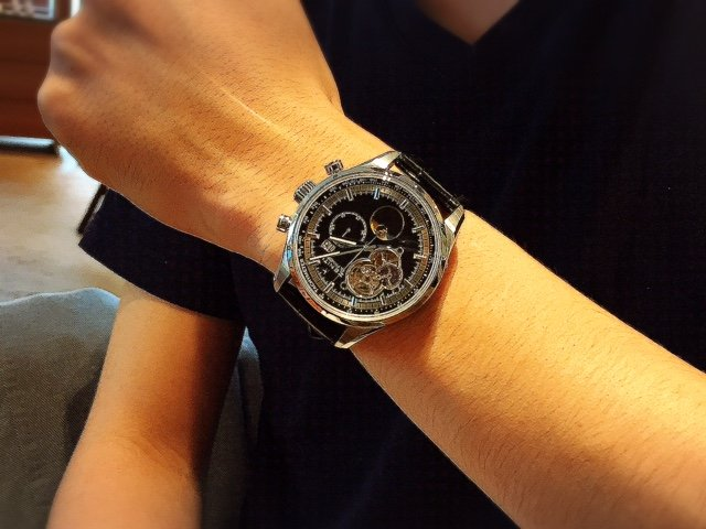お客様の声   念願の時計を手に入れました