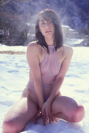 【ドスケベBBA】31歳グラビアアイドル・谷桃子のフェロモングラビア!
